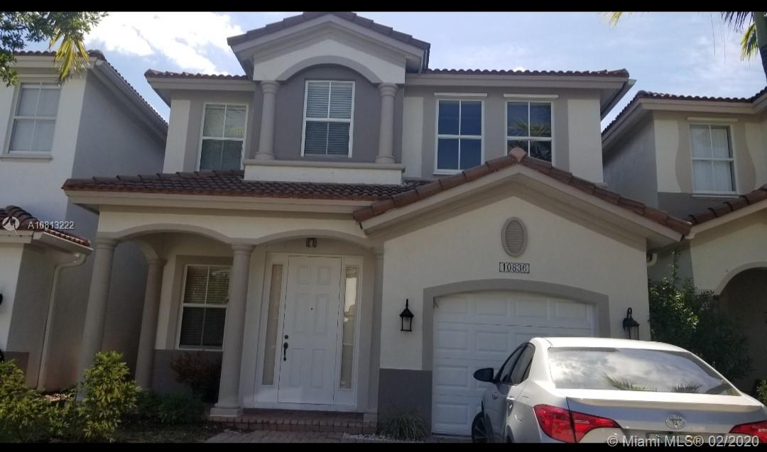 10836 NW 84th St  For Sale A10813222, FL
