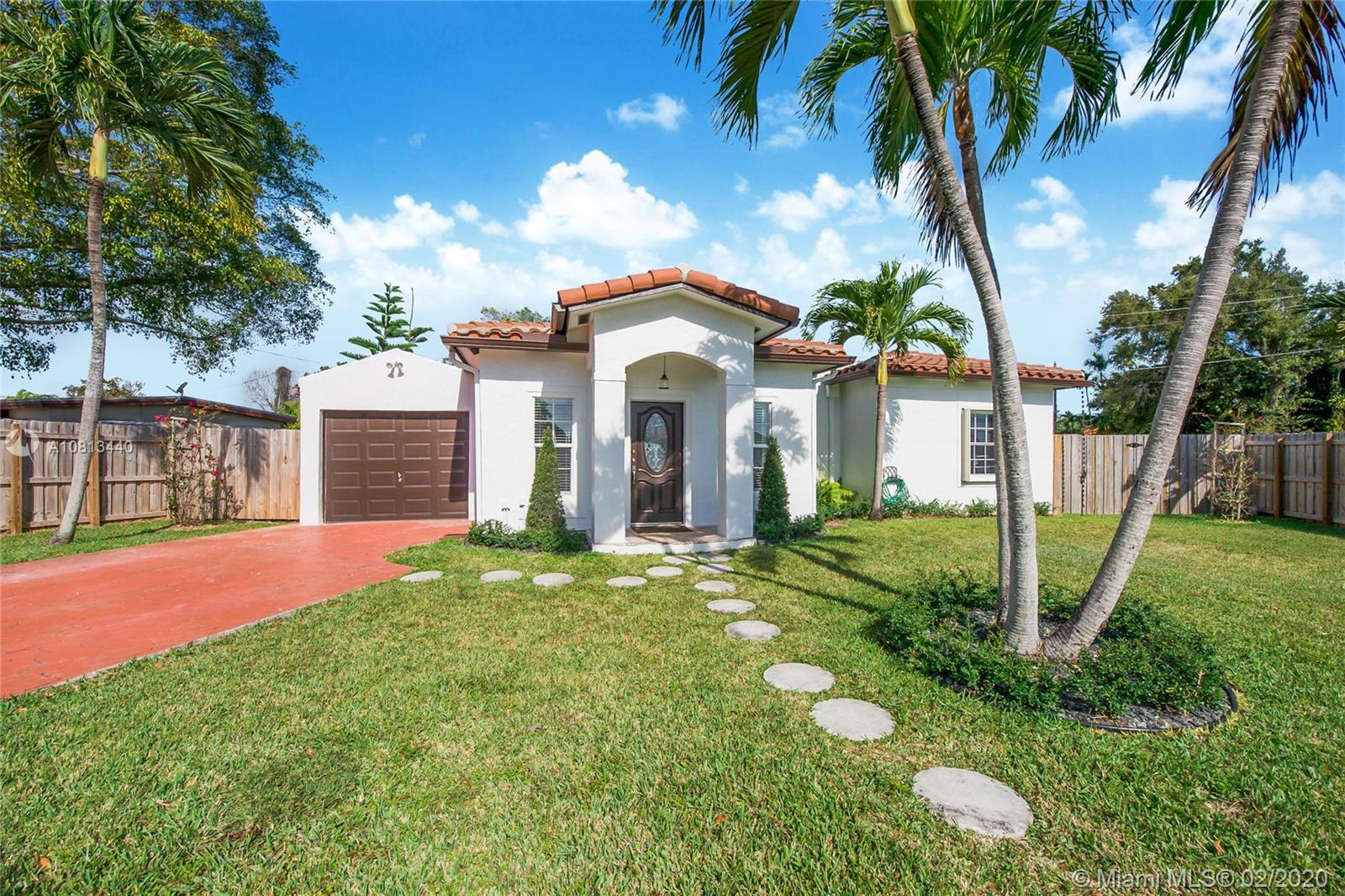 6501 SW 31st St  For Sale A10813440, FL