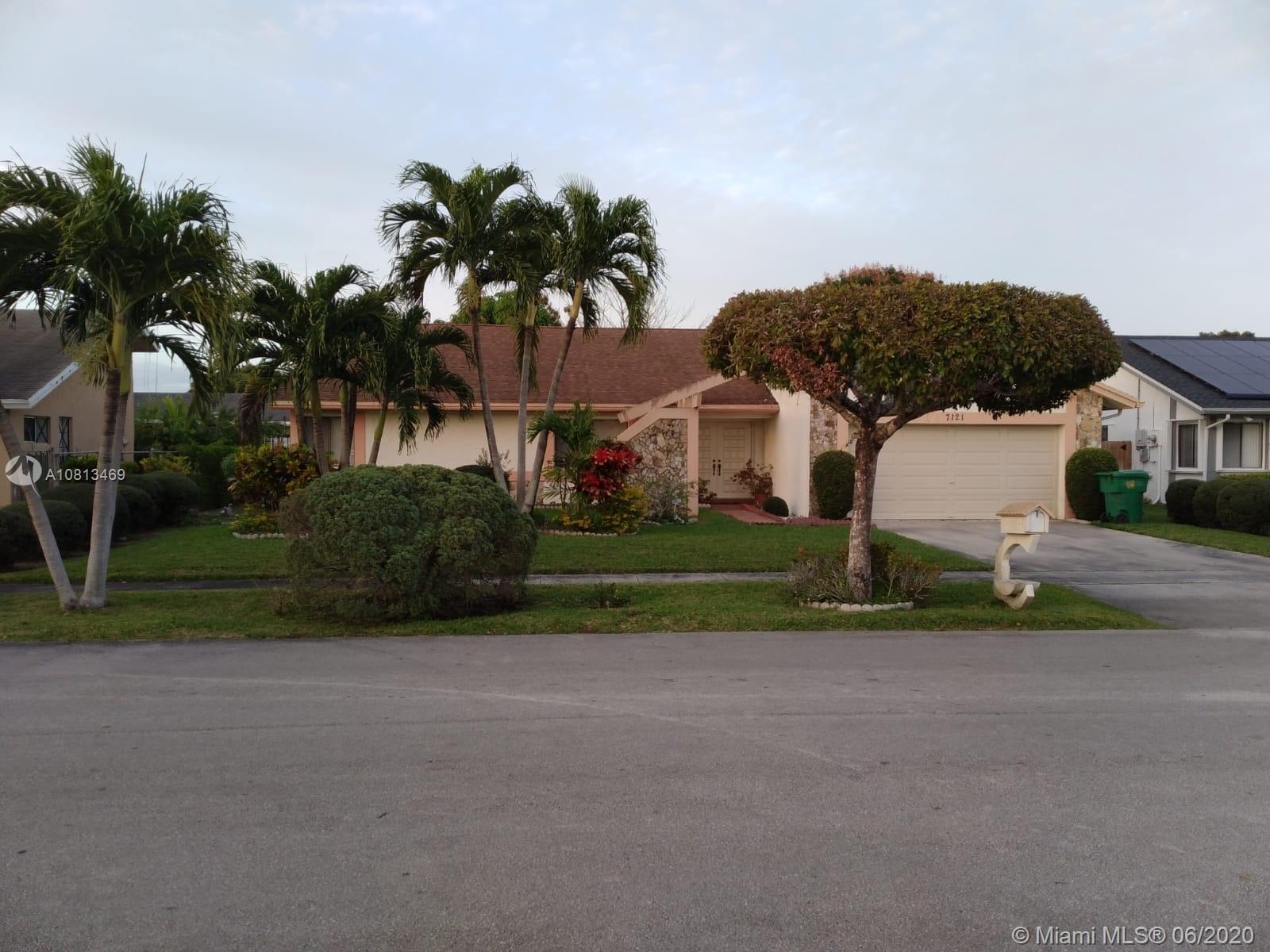, Lauderhill, FL 33319
