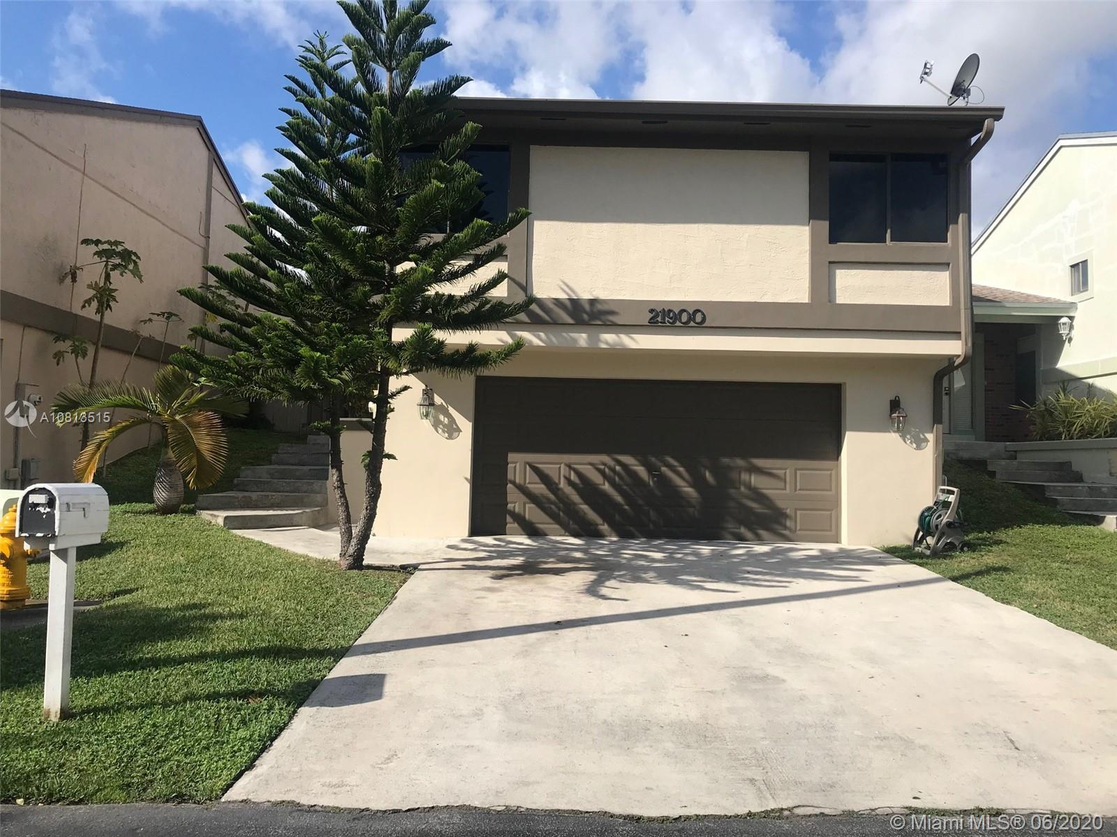 21900 SW 100th Pl  For Sale A10813515, FL