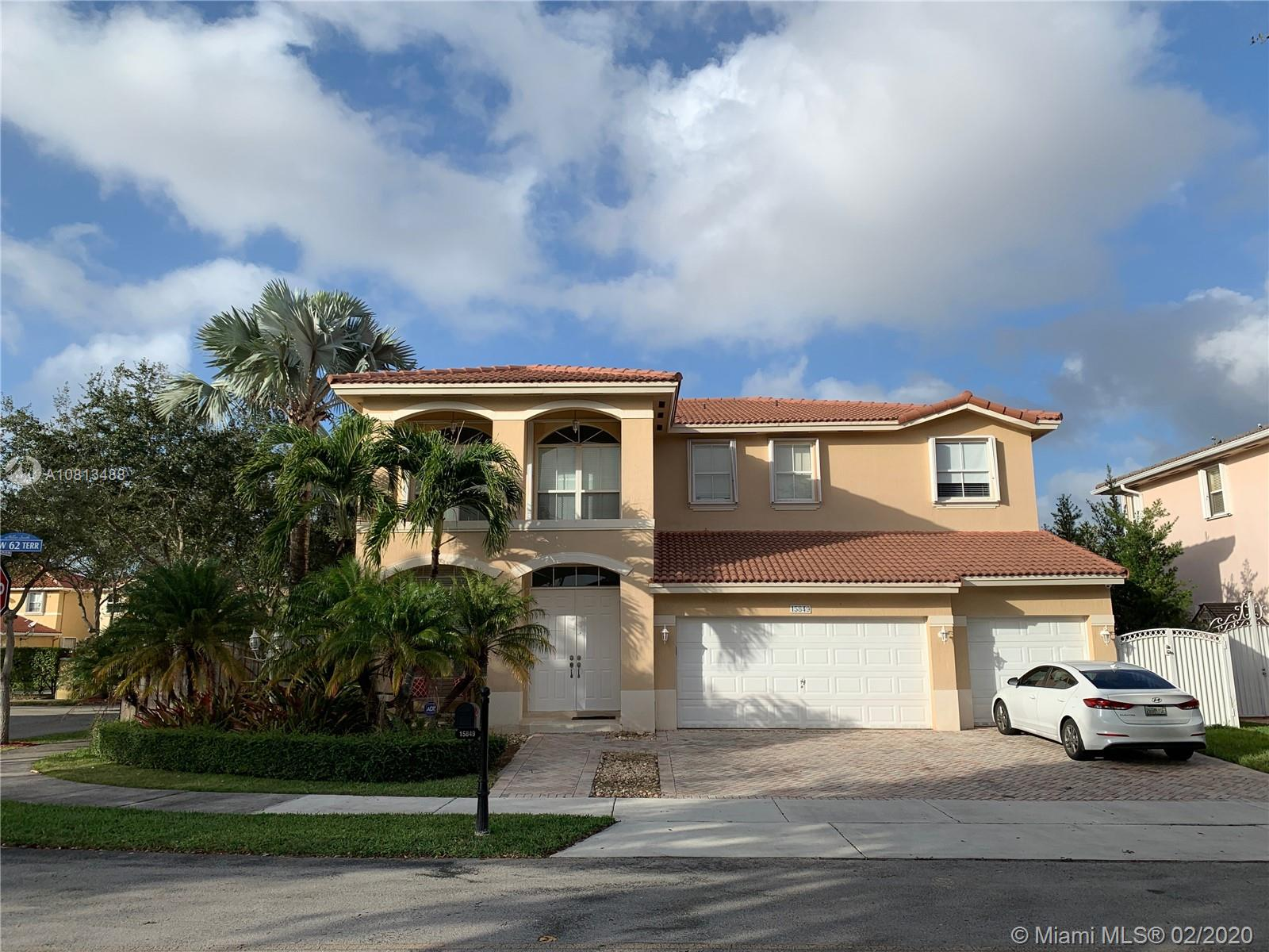 15849 SW 62nd Ter  For Sale A10813488, FL