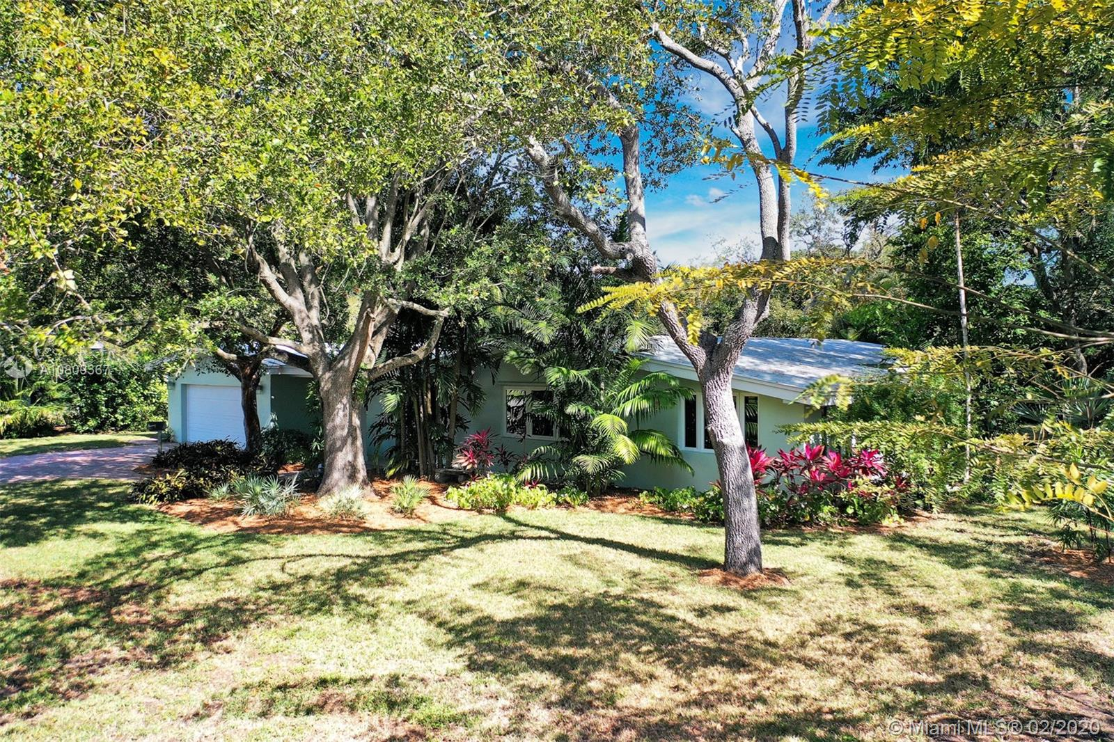 11845 SW 69th Ct  For Sale A10809367, FL