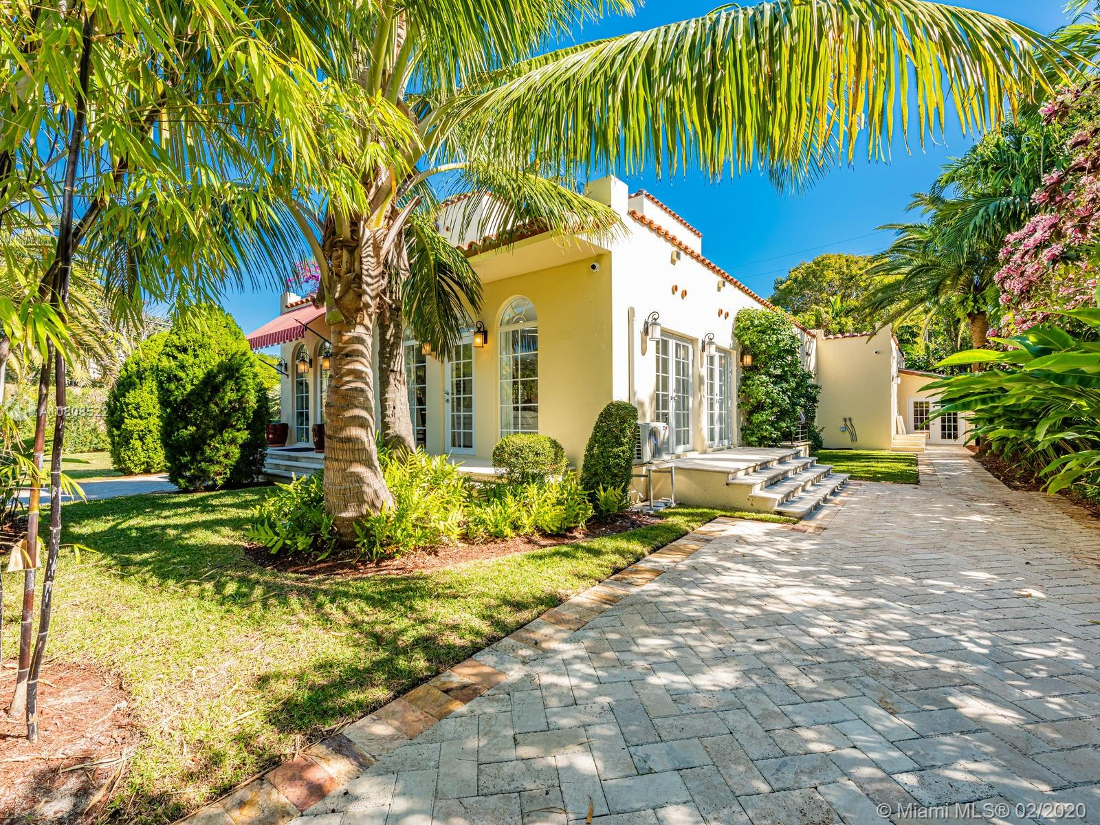 2229 N Bay Rd  For Sale A10808522, FL