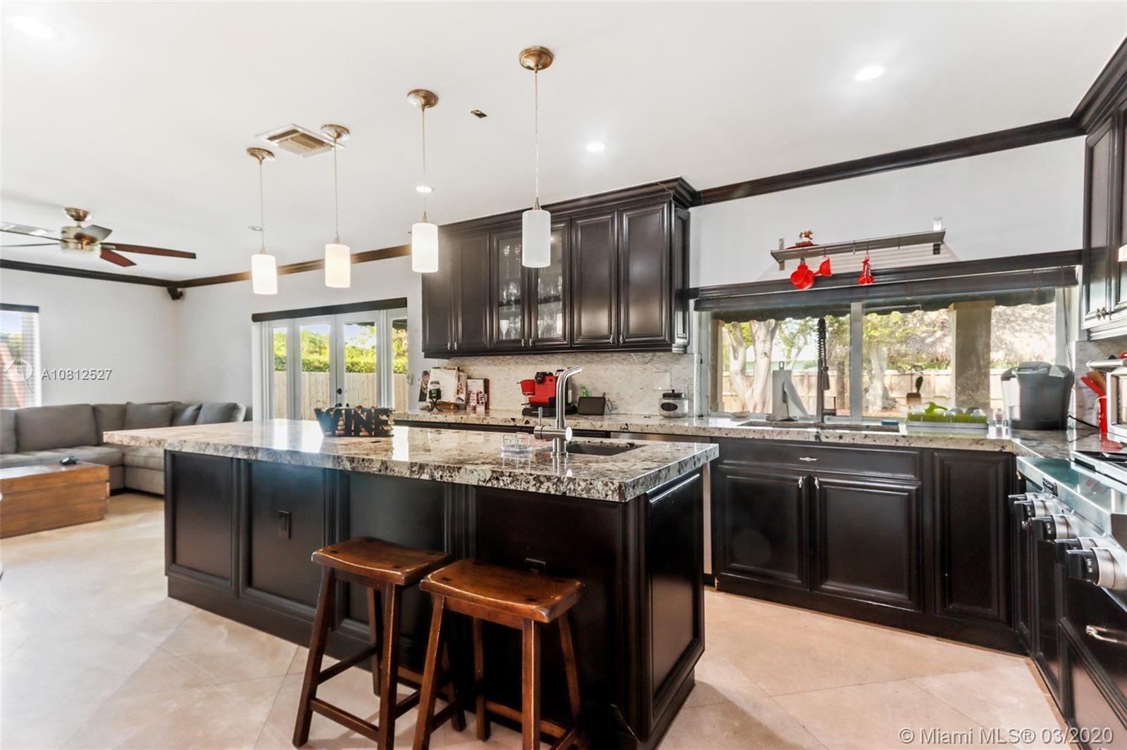 10505 SW 117th St  For Sale A10812527, FL