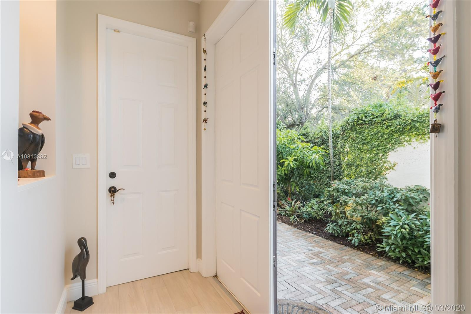3069  Indiana St #18 For Sale A10813882, FL