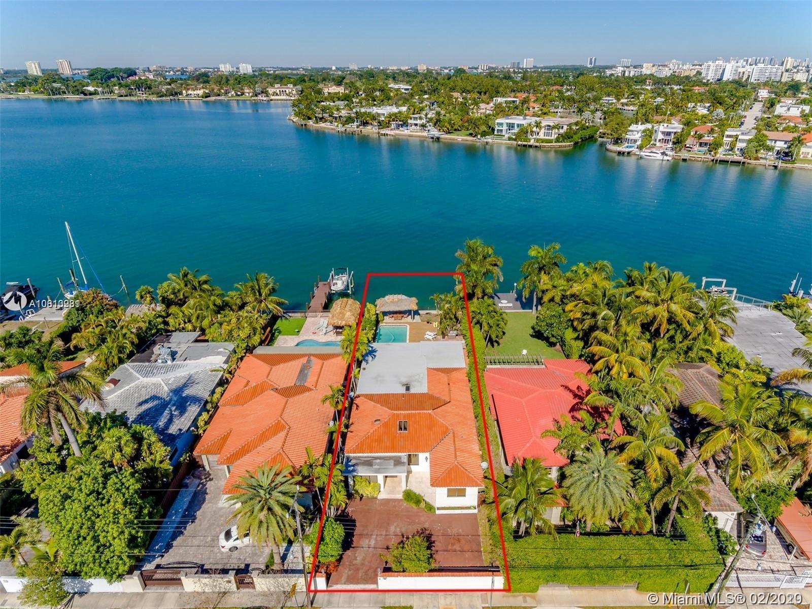 901  Stillwater Dr  For Sale A10813981, FL