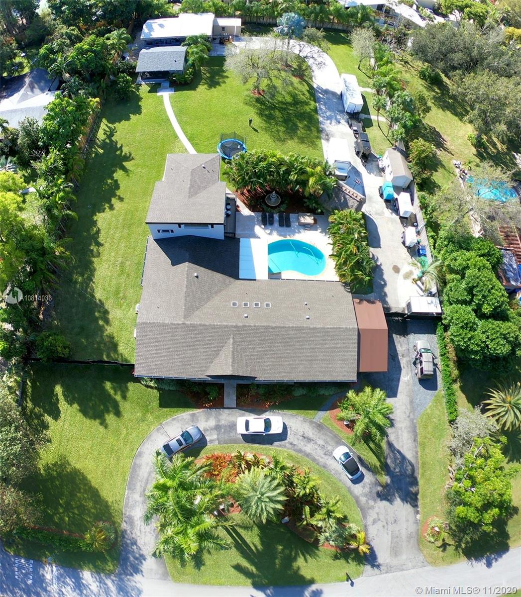 10440 SW 124th St  For Sale A10814036, FL