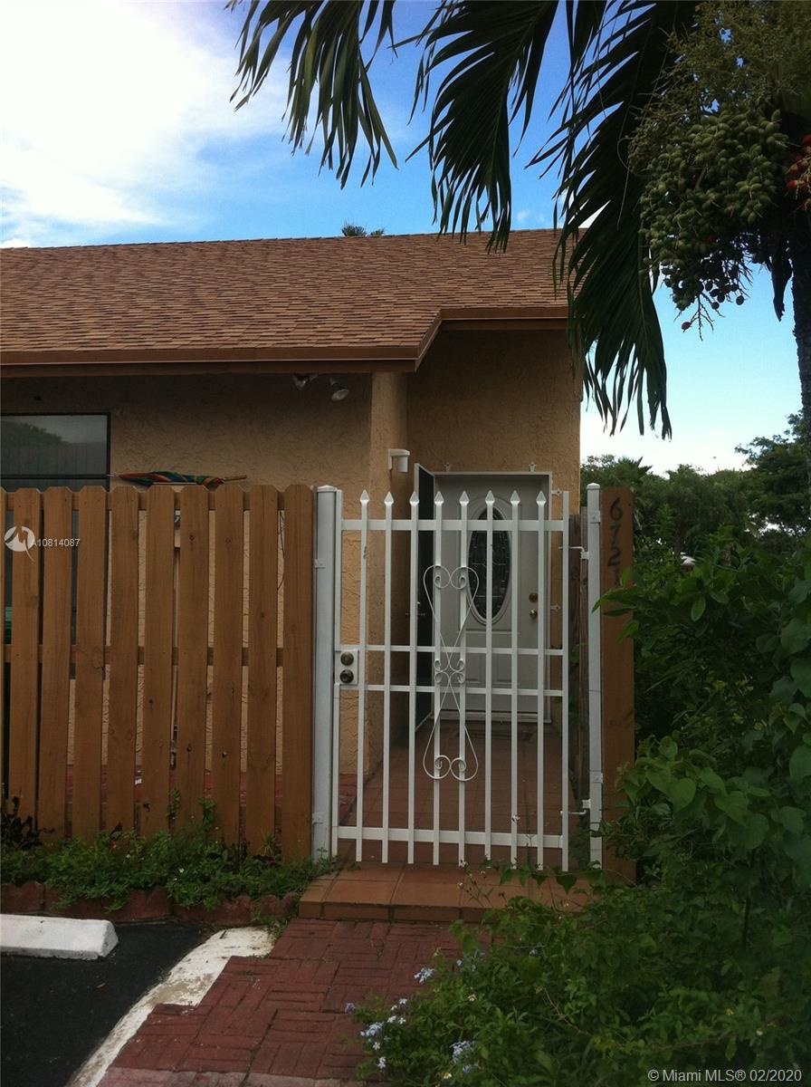 6721 NW 189th Ter  For Sale A10814087, FL