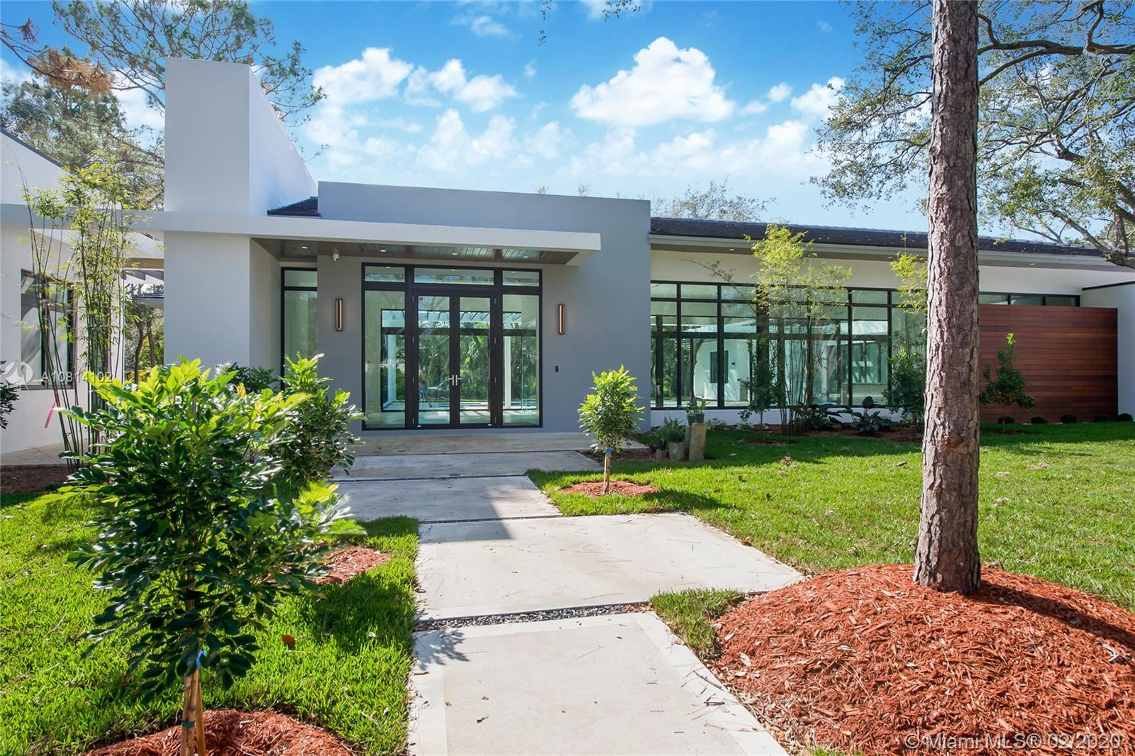 9490 SW 116th St  For Sale A10814102, FL