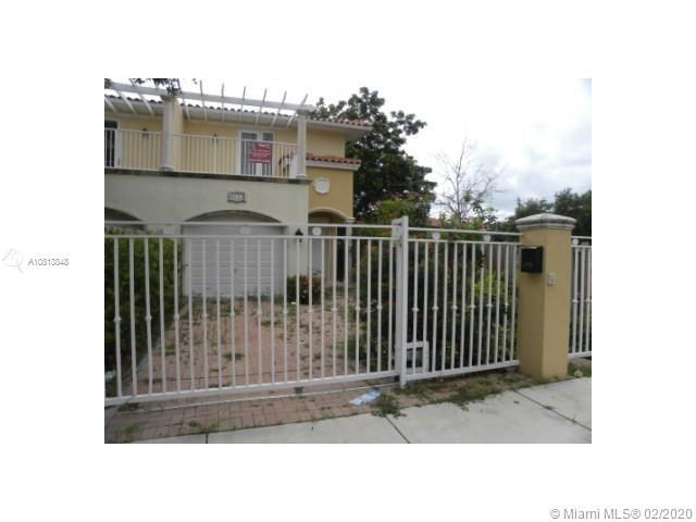 3171  Elizabeth St #3171 For Sale A10813848, FL