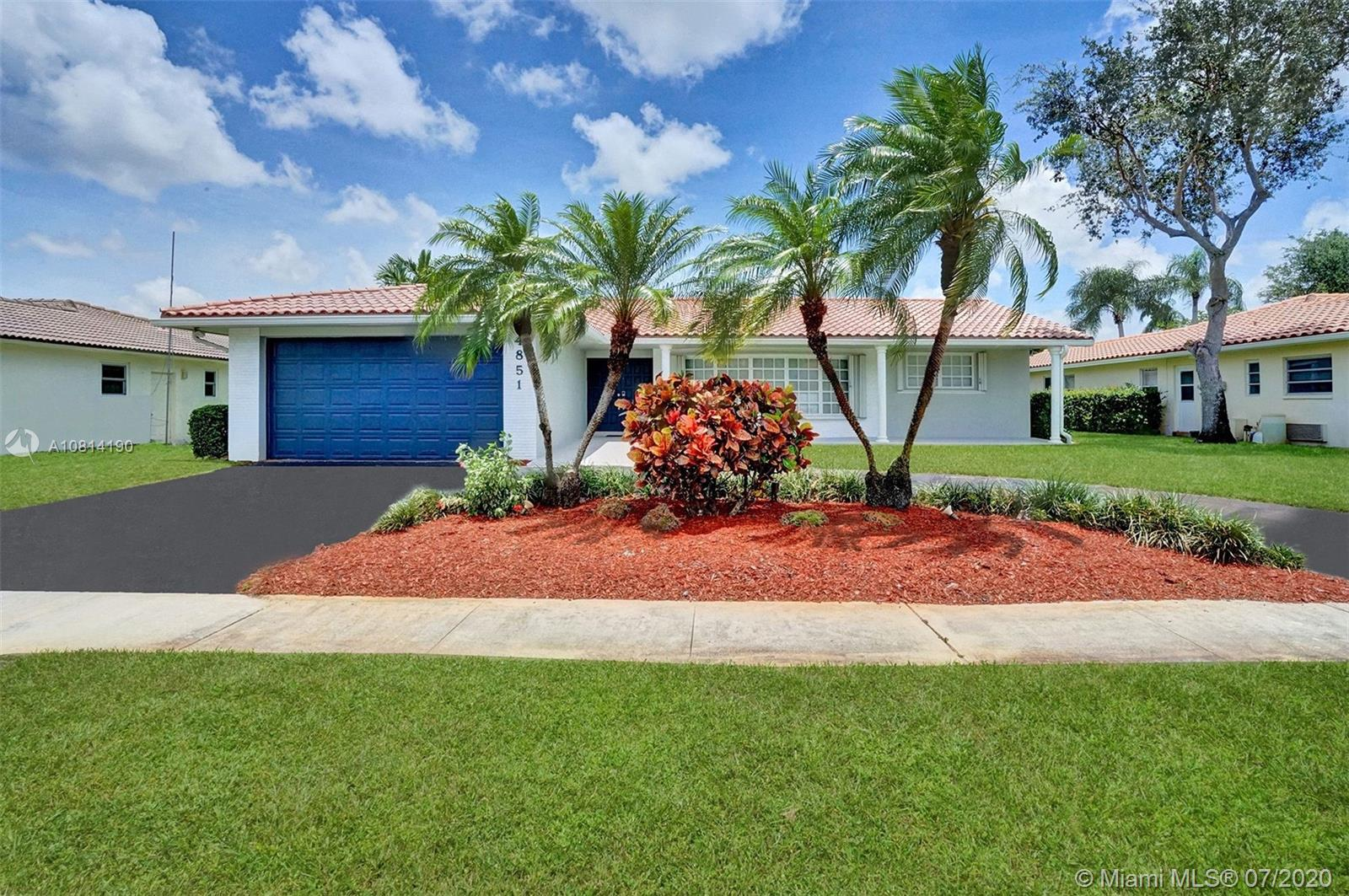 4851 N 37th St  For Sale A10814190, FL