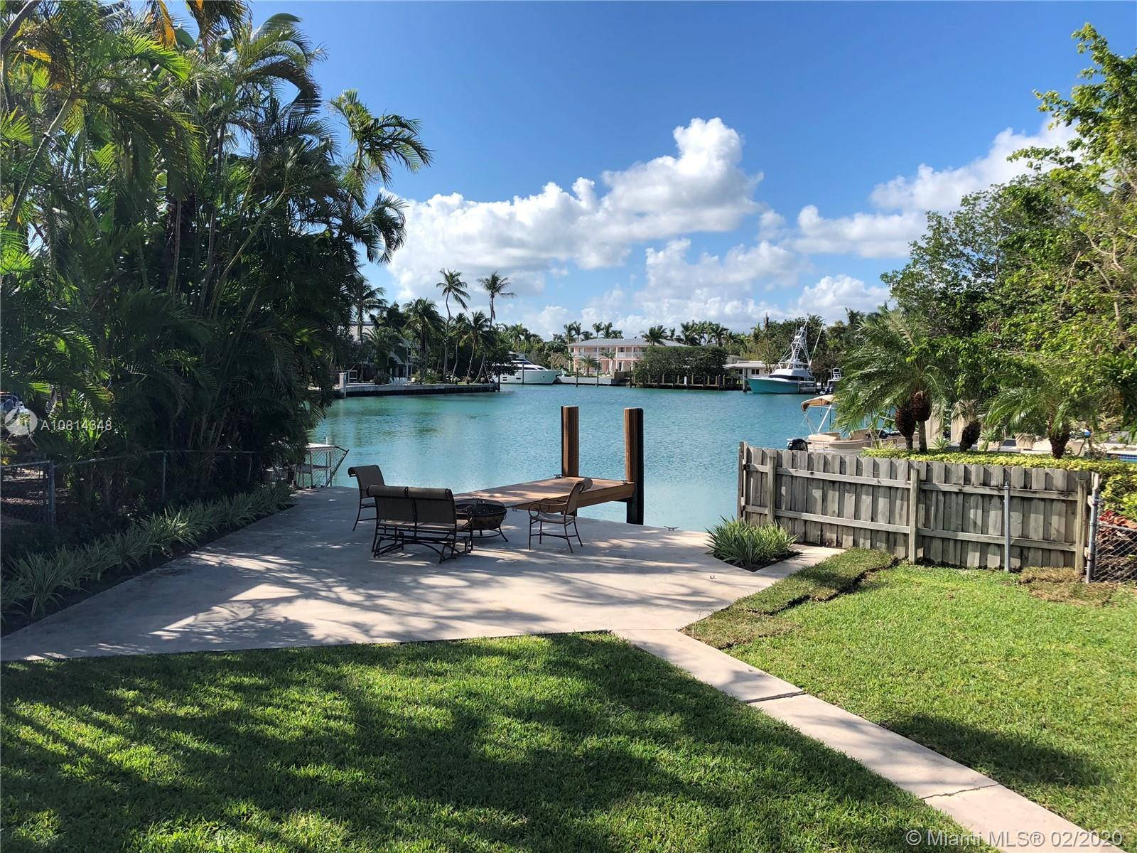 530  Harbor Dr  For Sale A10814348, FL