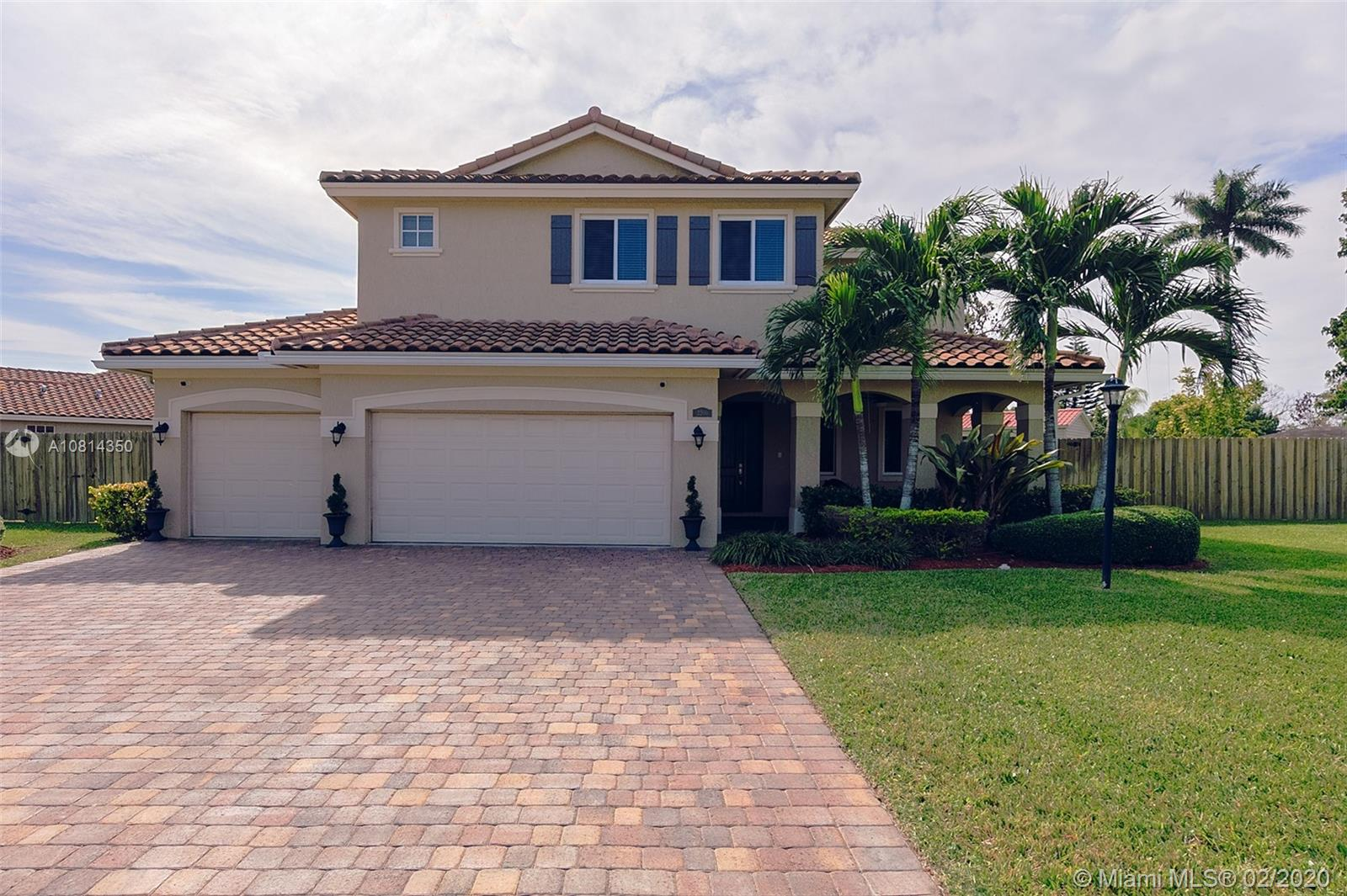 2200 NW 17th Ave  For Sale A10814350, FL