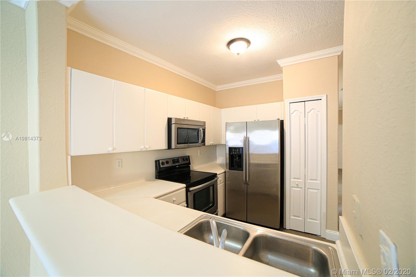 1663 SE 27th Dr #104 For Sale A10814373, FL