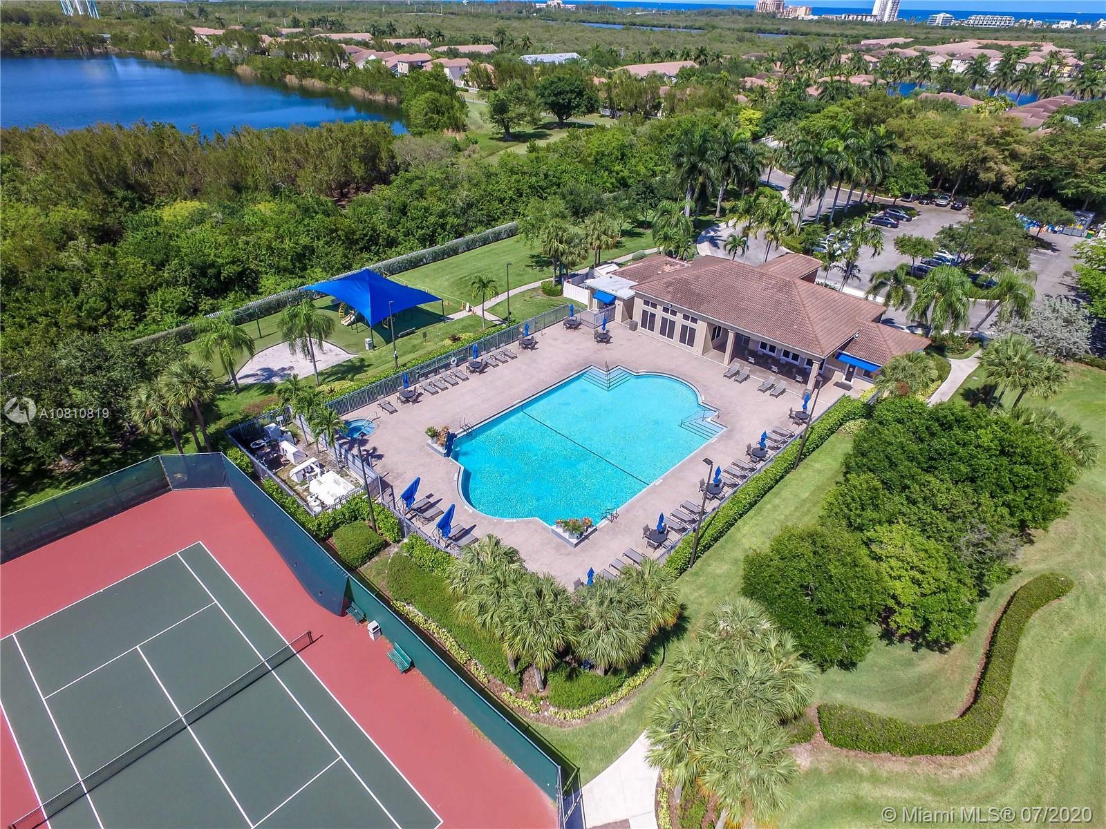 1115  Linden St  For Sale A10810819, FL