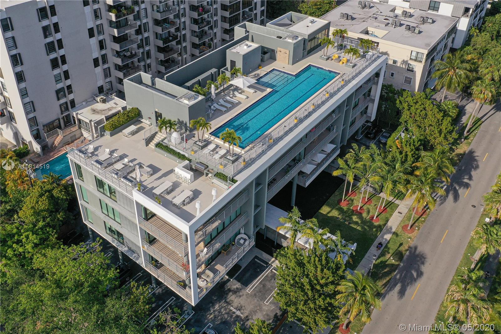 State-of-the-Art new construction boutique building in Key Biscayne. 3 Beds, 3 Baths and a guest bath. Enjoy an open floor plan with gourmet kitchen, spacious living room, modern baths and fabulous terrace. 1 parking space, roof top pool, and gym.  Walk to the beach, restaurants and shops. Rented now, an opportunity for investors.