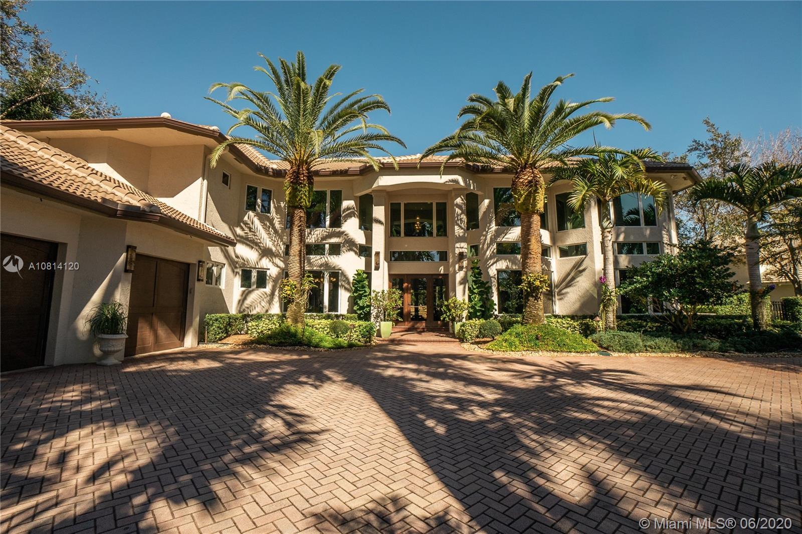 2668  Riviera Manor  For Sale A10814120, FL