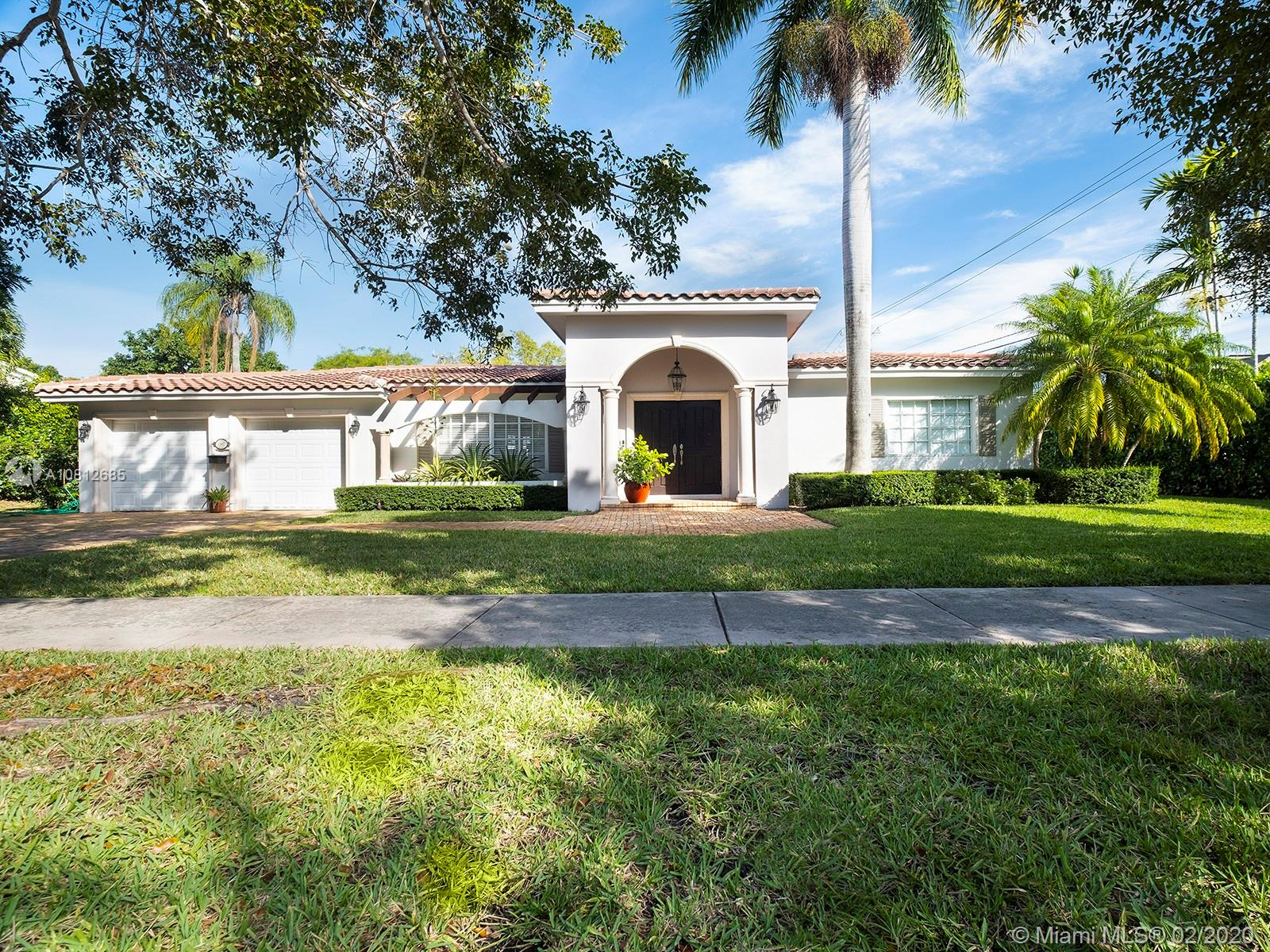 1107  Alfonso Ave  For Sale A10812685, FL