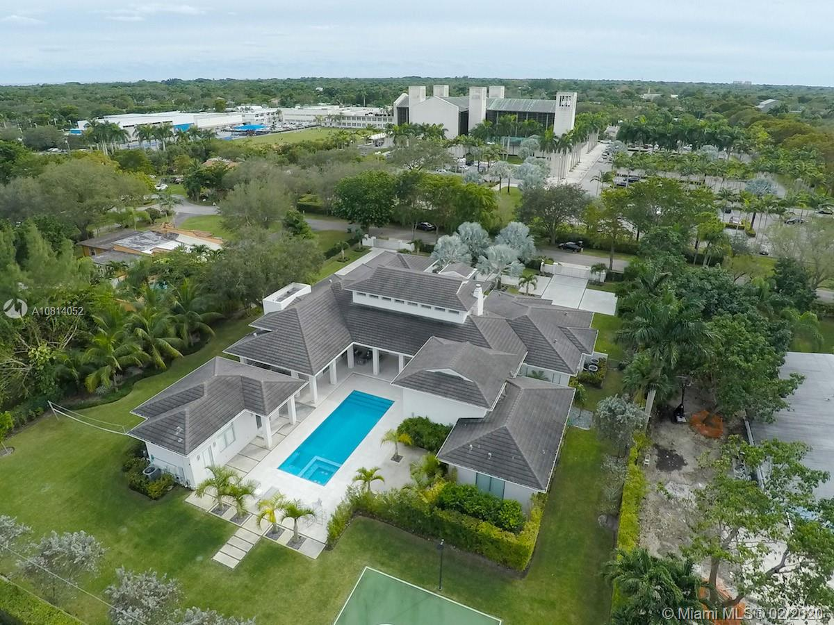 5655 SW 81st Ter  For Sale A10814052, FL