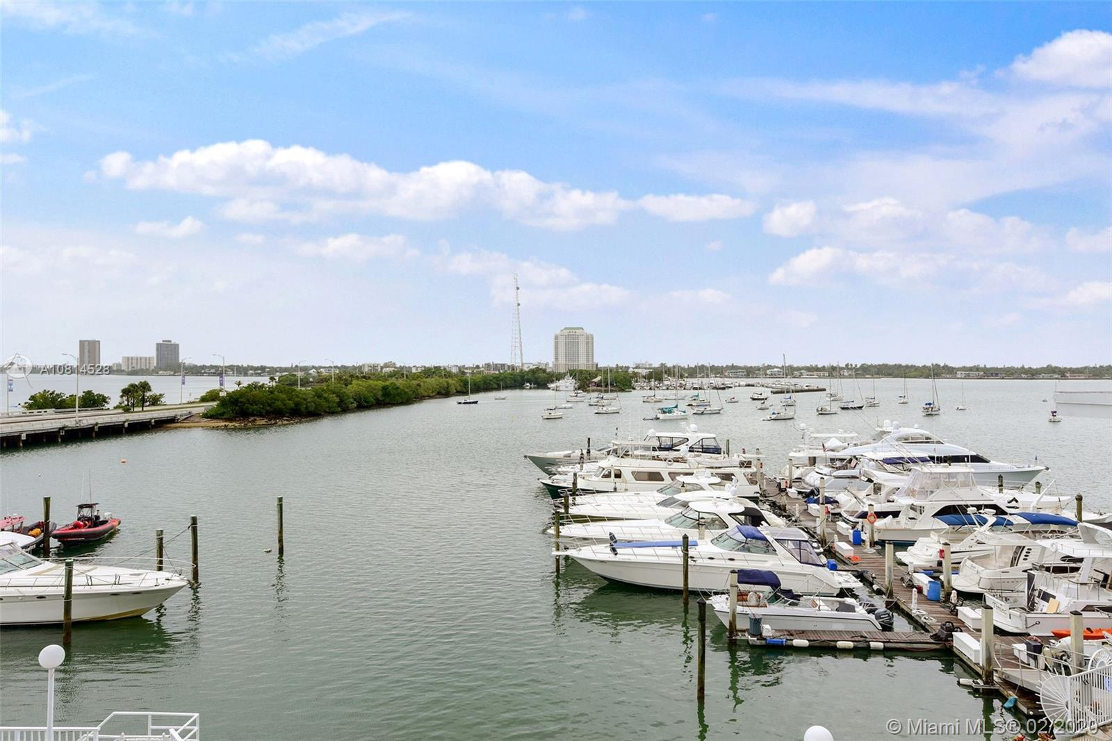7904  West Dr #316 For Sale A10814528, FL