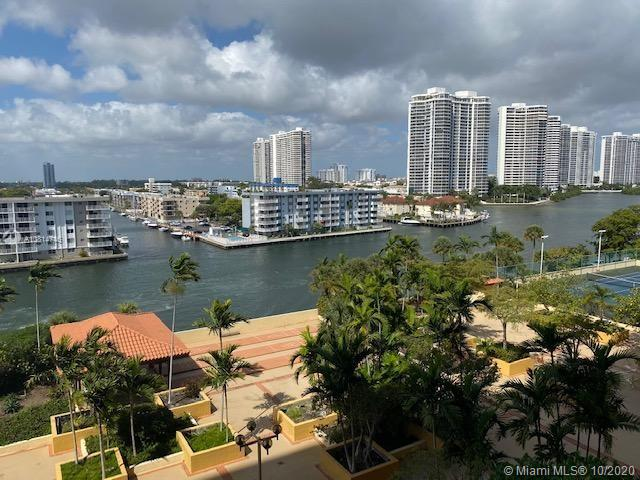 290  174th St #803 For Sale A10814746, FL