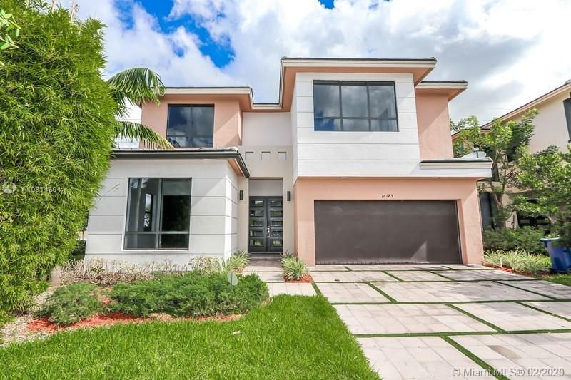 16185 SW 136th Ter  For Sale A10814804, FL