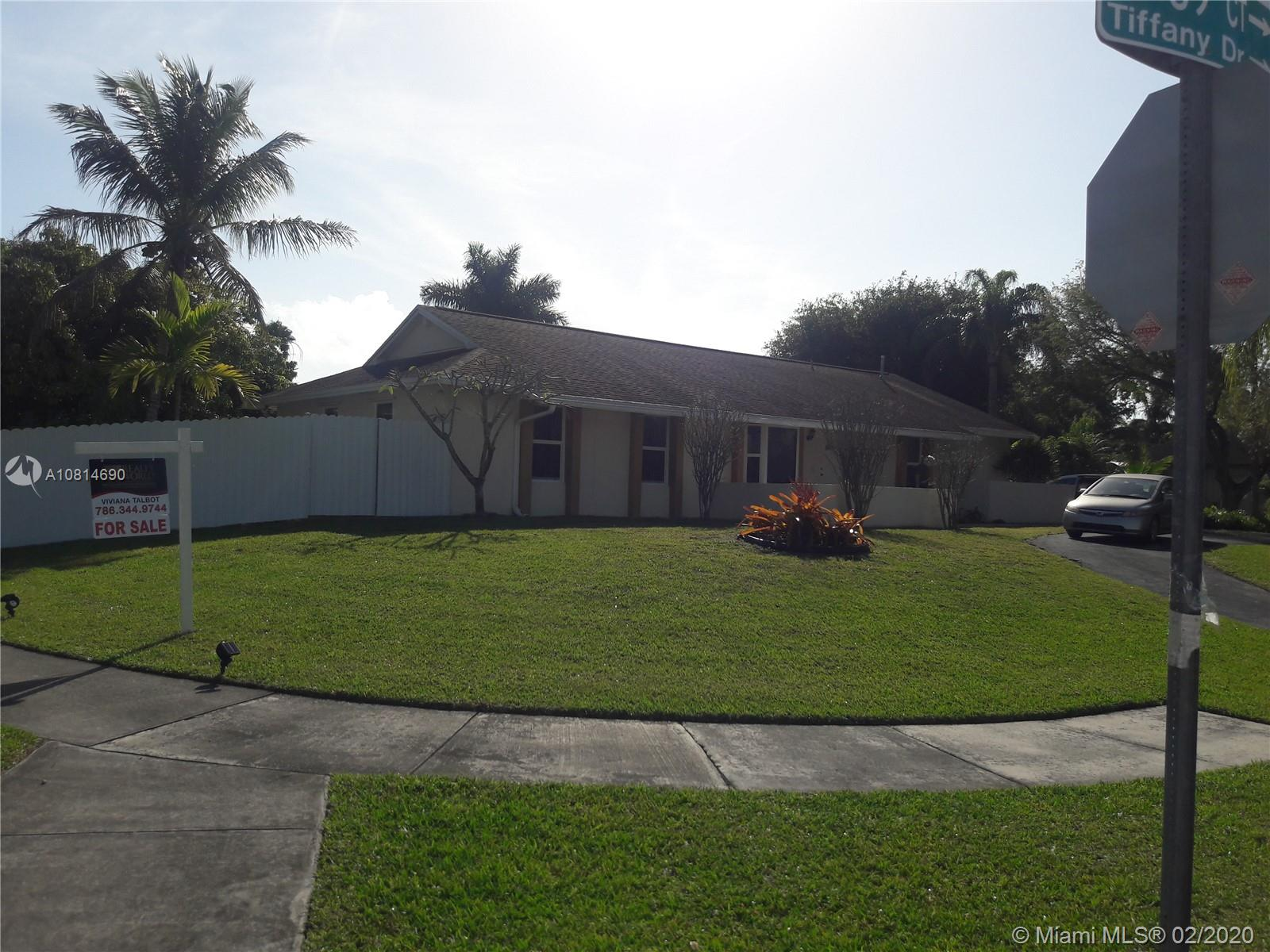 18403 SW 88th Pl  For Sale A10814690, FL