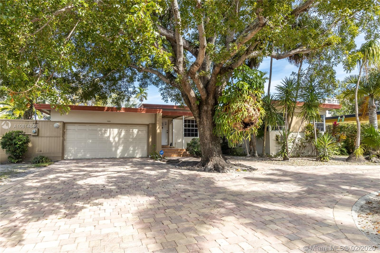 1185 NE 104th St  For Sale A10814846, FL
