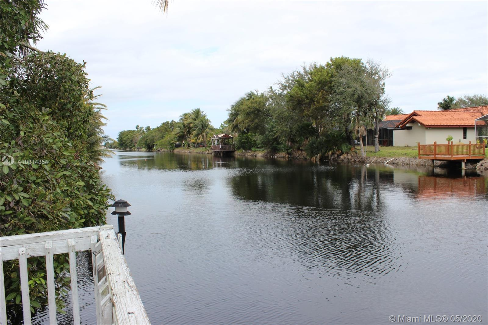 18869 NW 77th Ct  For Sale A10814854, FL