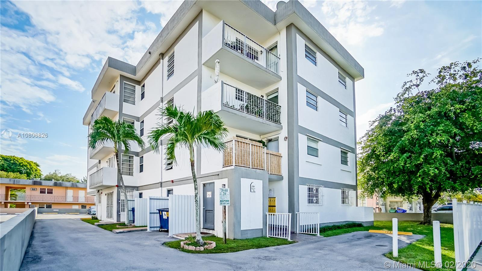 1736 SW 19th St #102 For Sale A10806826, FL