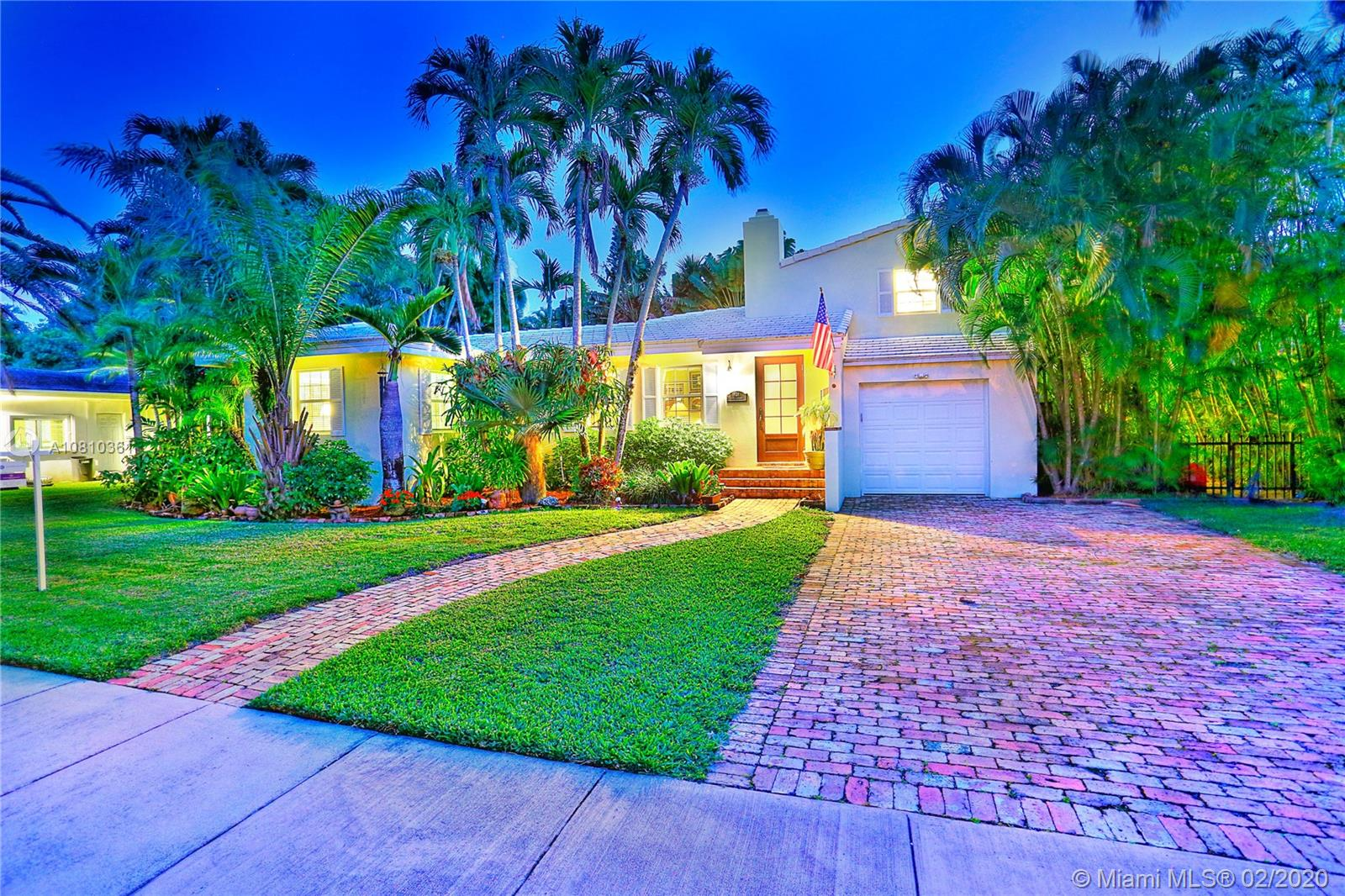 624  Fluvia Ave  For Sale A10810361, FL