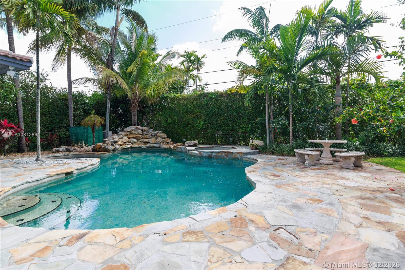 7621 SW 54th Ave  For Sale A10813864, FL