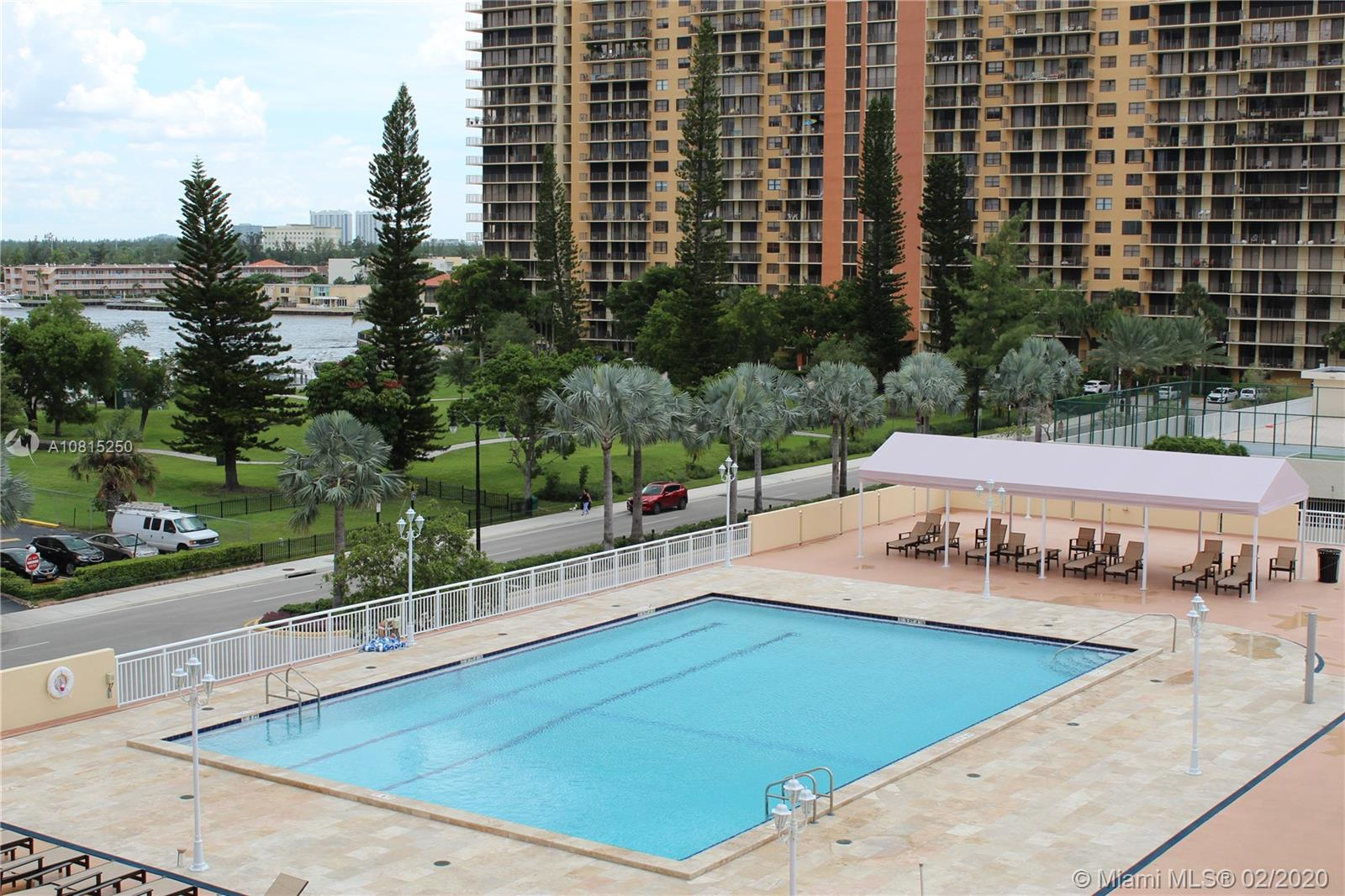 251  174th St #211 For Sale A10815250, FL