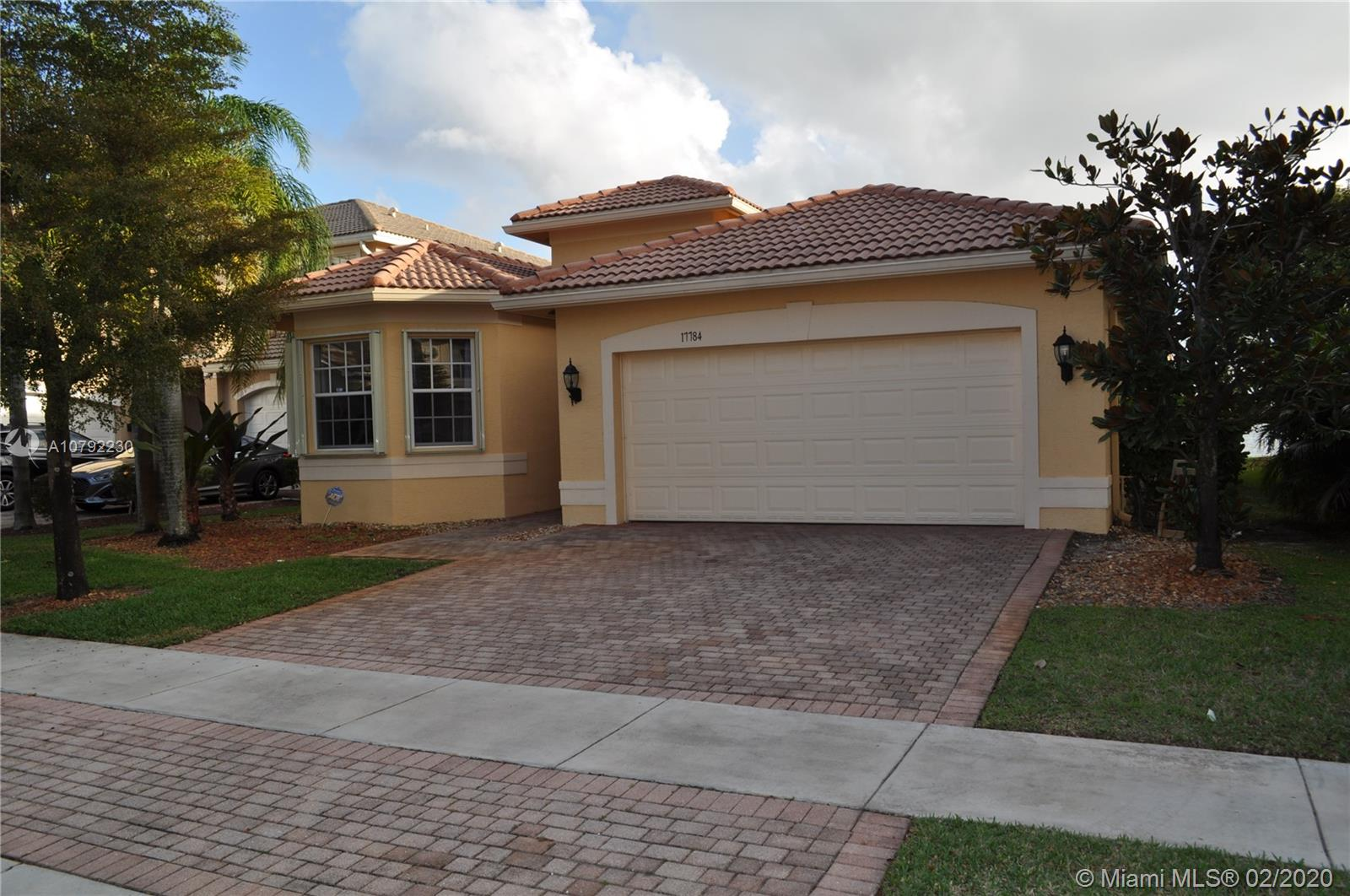 17784 SW 47th Street  For Sale A10792230, FL