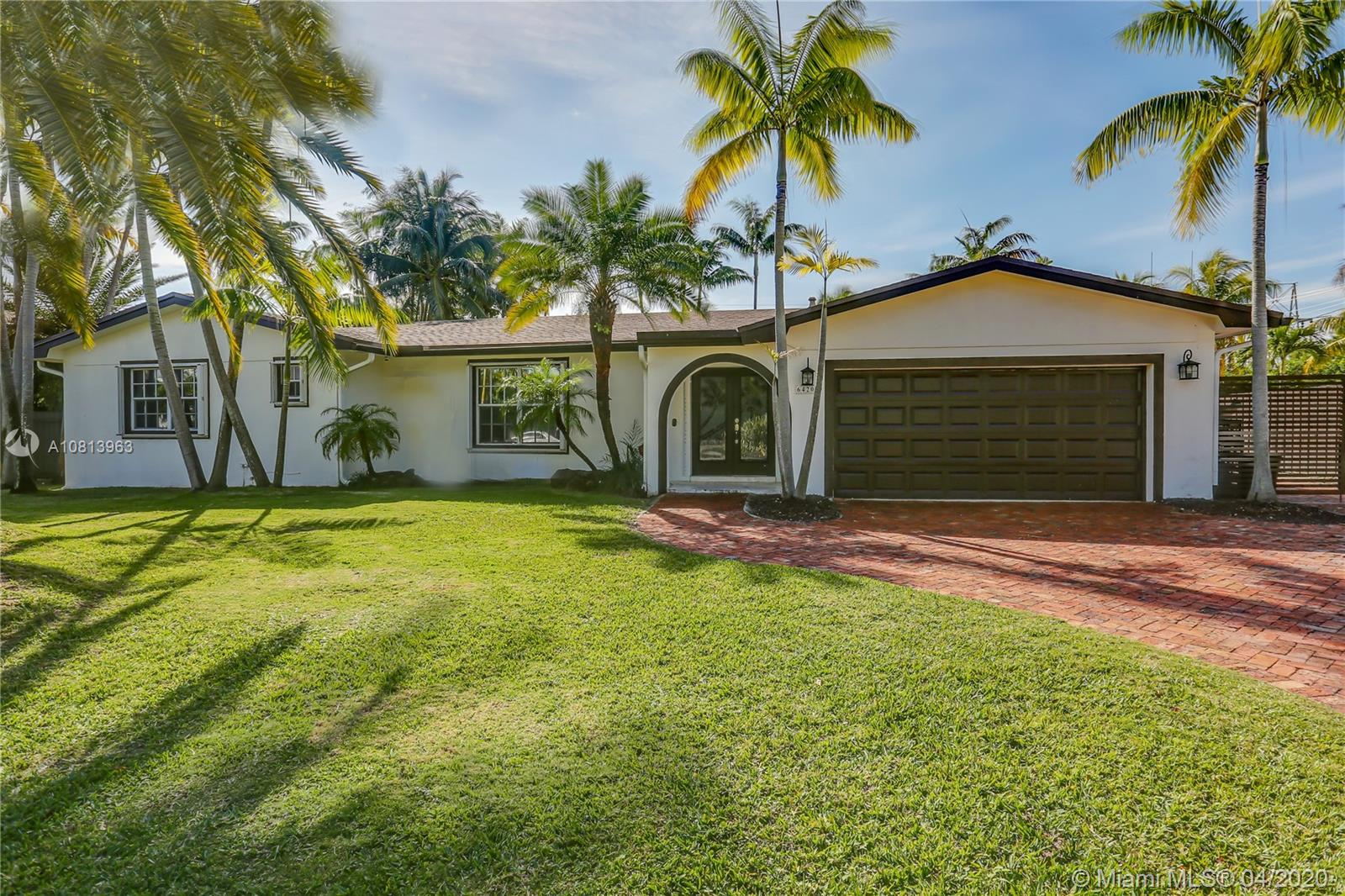 6420  Dolphin Dr  For Sale A10813963, FL