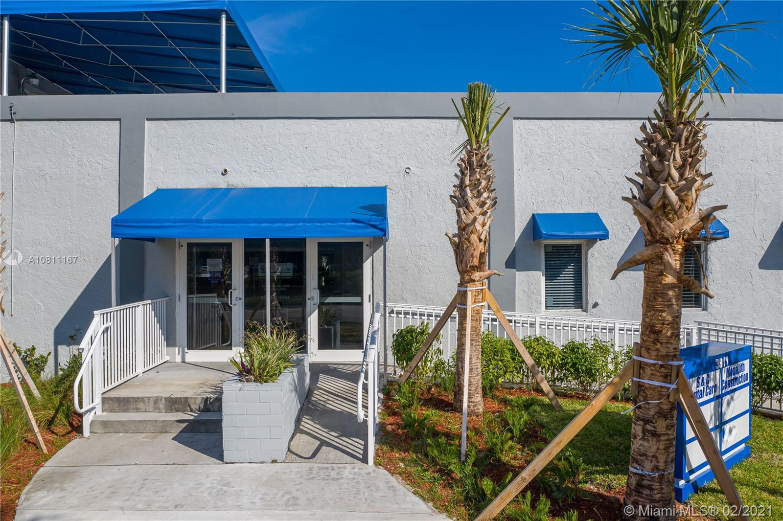 3911  Hollywood Blvd #201 For Sale A10811167, FL