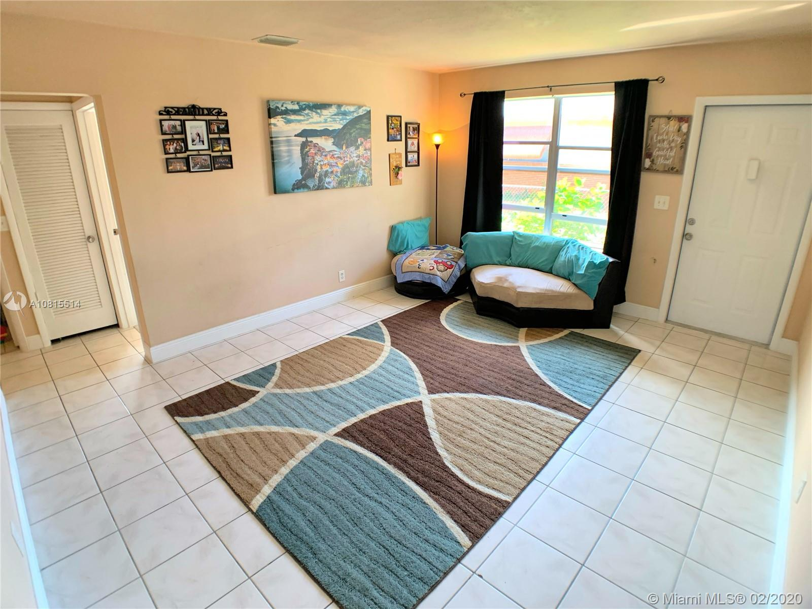223 SW 9th St #2 For Sale A10815514, FL