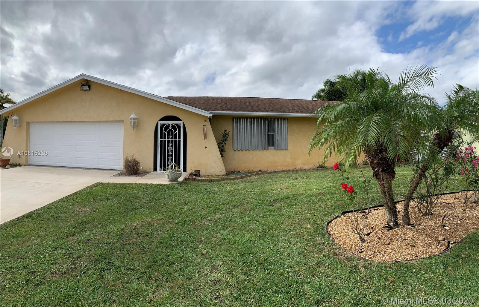 2081 Trinidad Ct, West Palm Beach, FL 33415