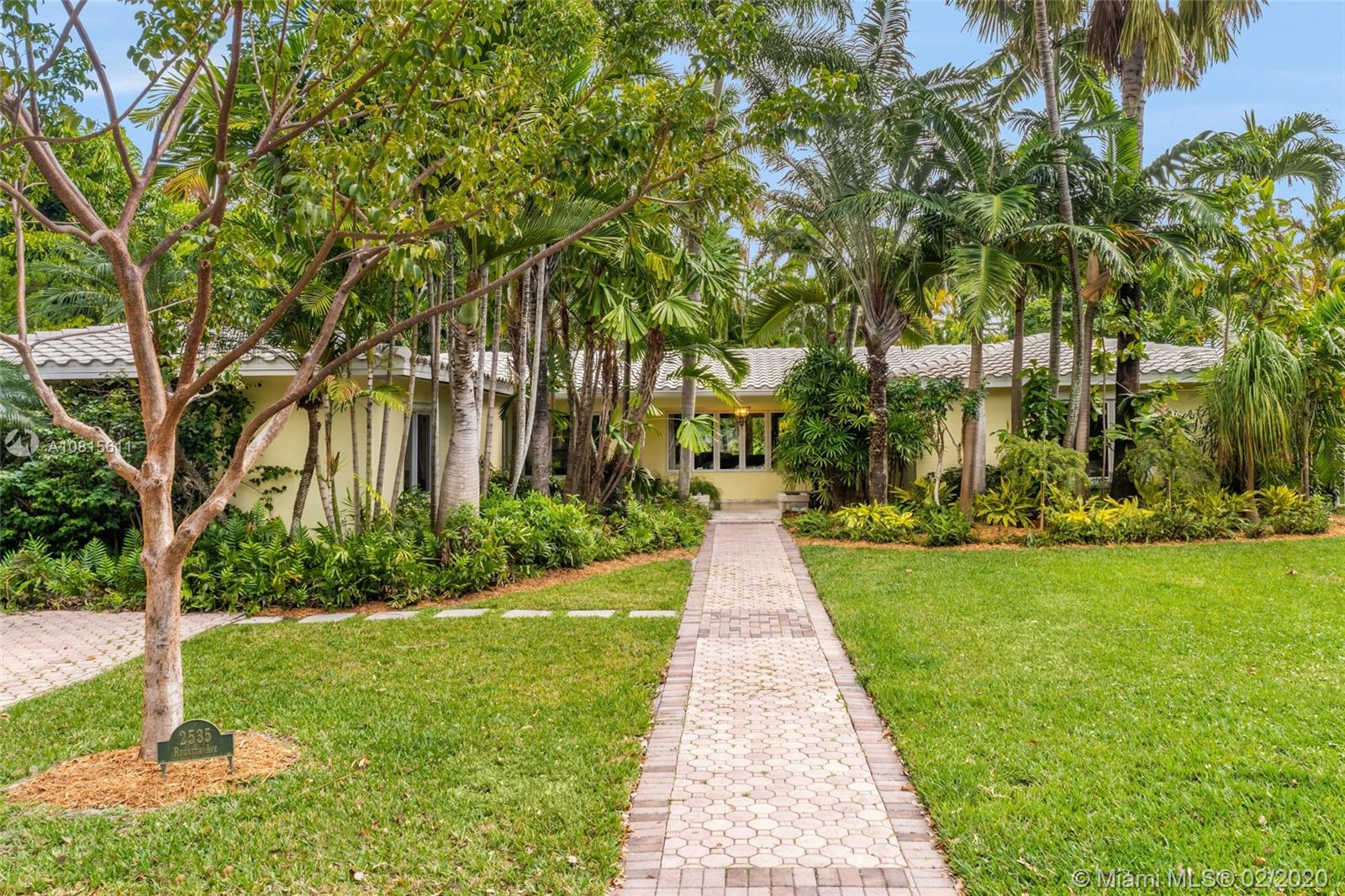2535  Regatta Ave  For Sale A10815611, FL