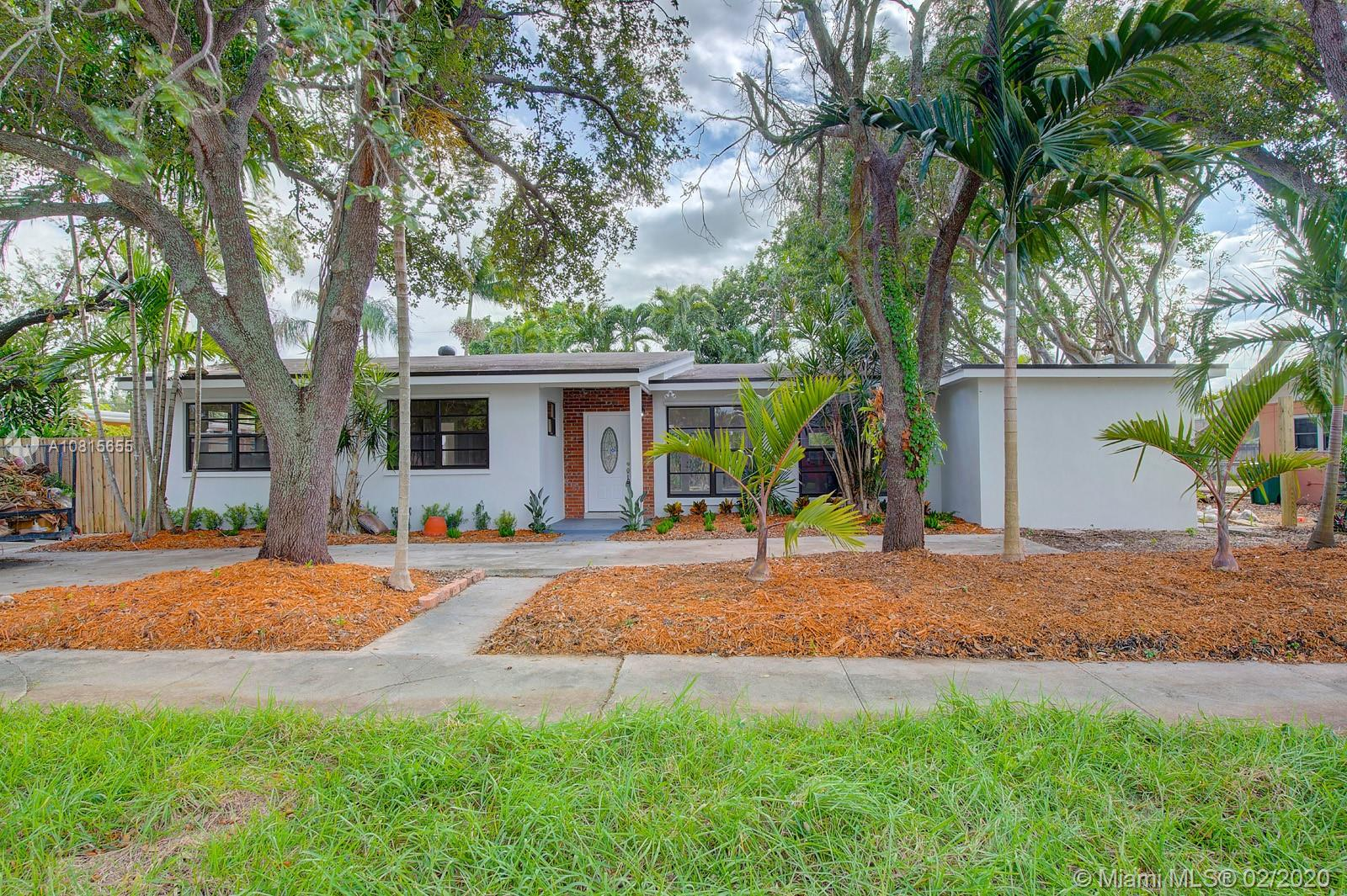 8940 SW 186th Ter  For Sale A10815655, FL