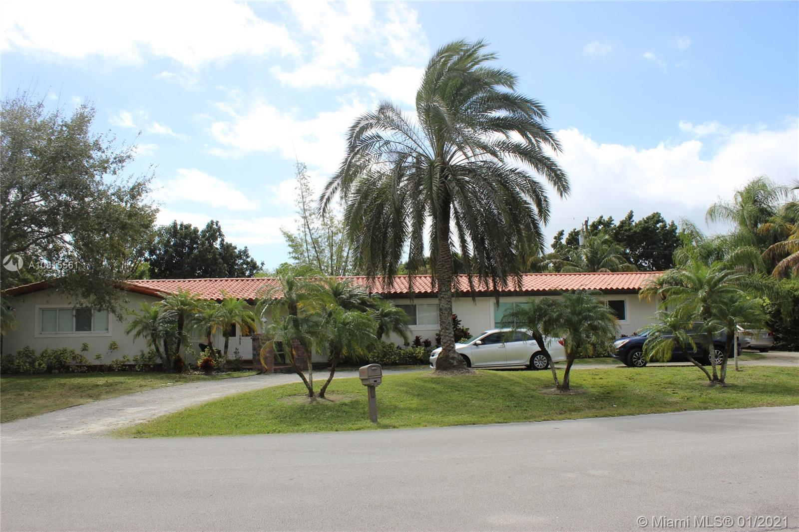 9240 SW 124th St  For Sale A10815561, FL