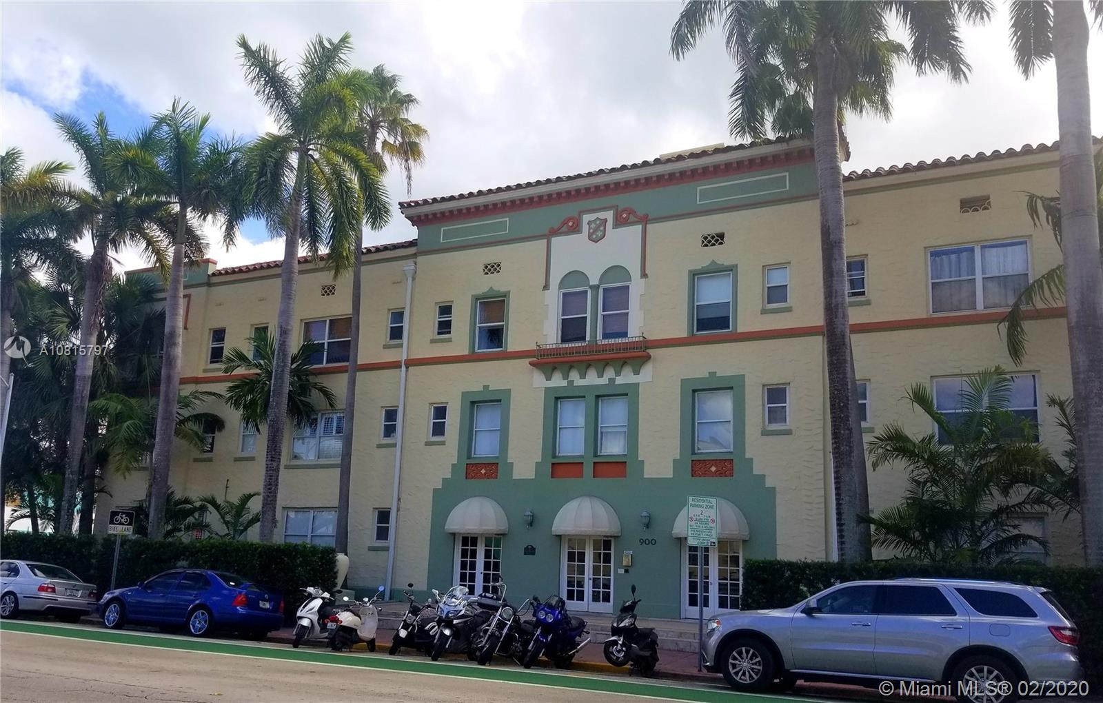 900  16th St #107 For Sale A10815797, FL