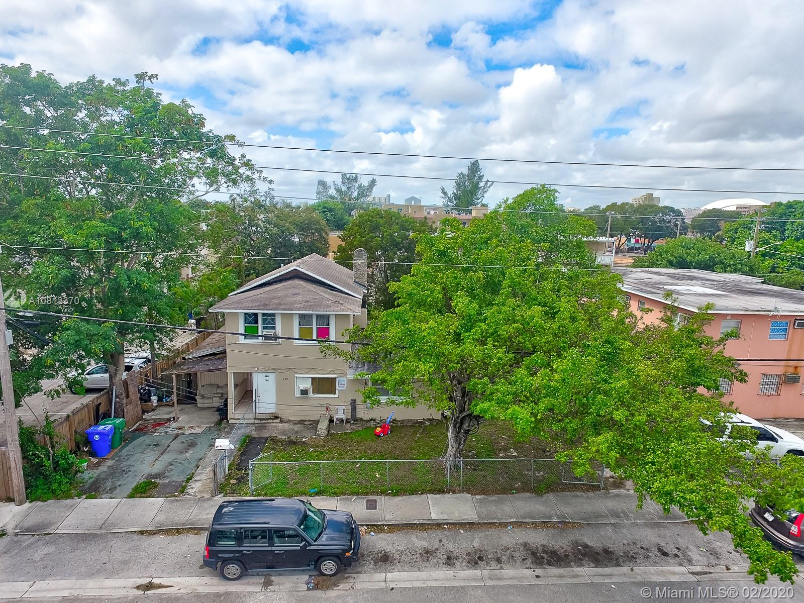 420 SW 7th Ave  For Sale A10813370, FL
