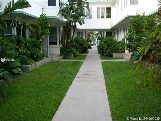 1980  Bay Dr #10 For Sale A10816001, FL