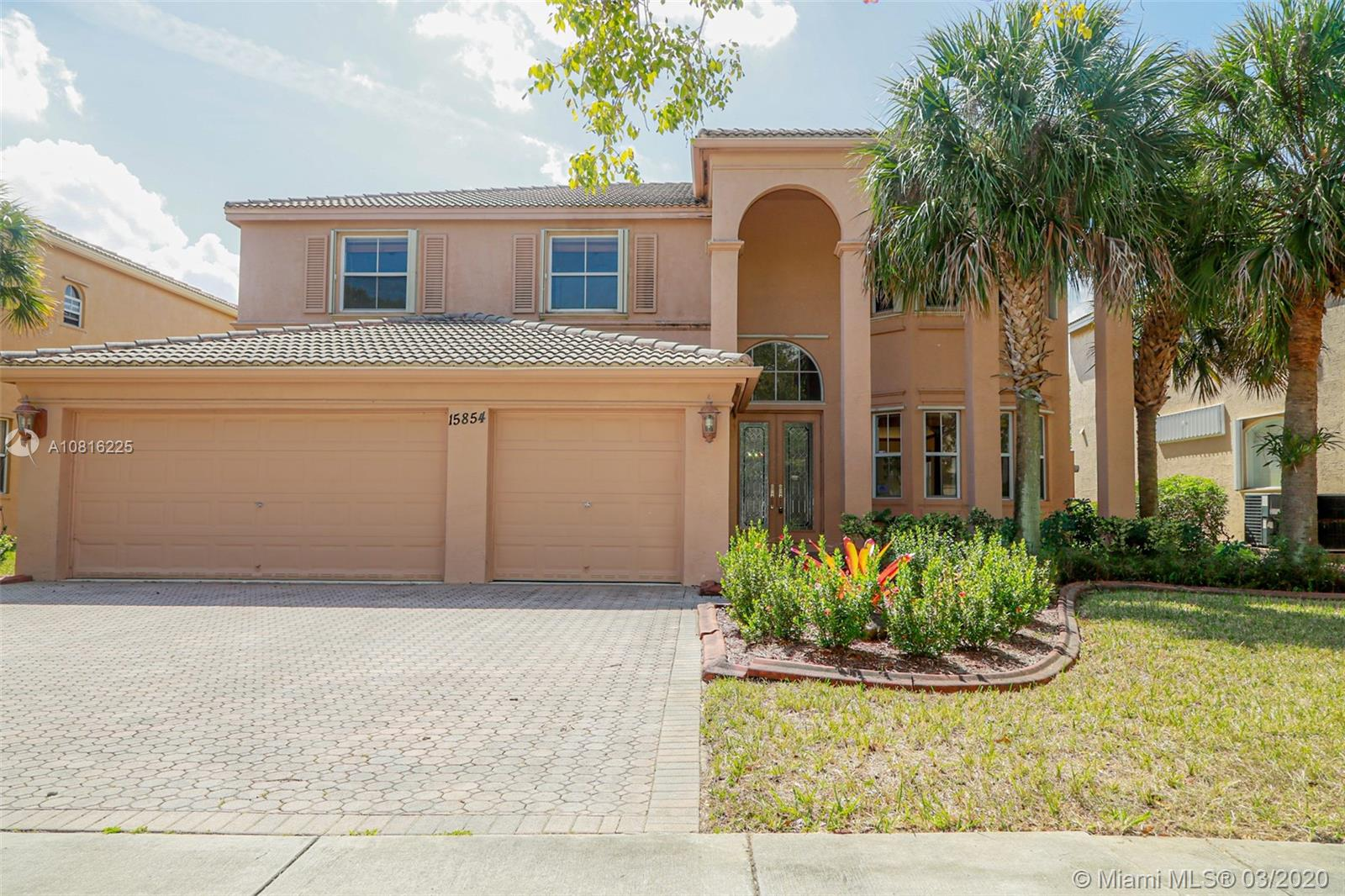 15854 SW 52nd St  For Sale A10816225, FL
