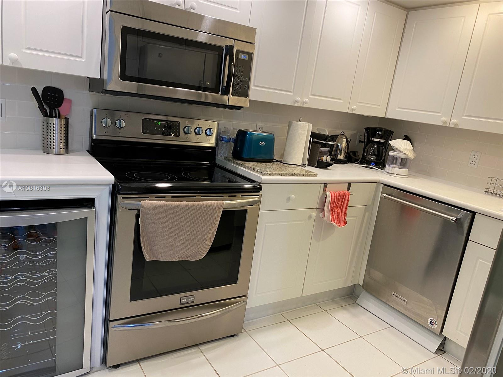 5600  Collins Ave #6 W For Sale A10816308, FL
