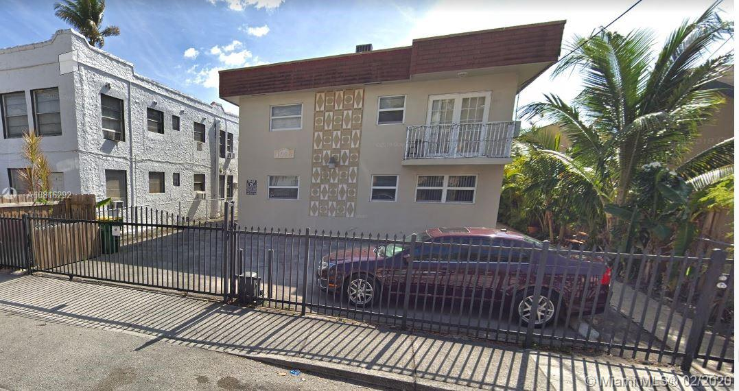 1028 SW 2nd St #1 For Sale A10816292, FL