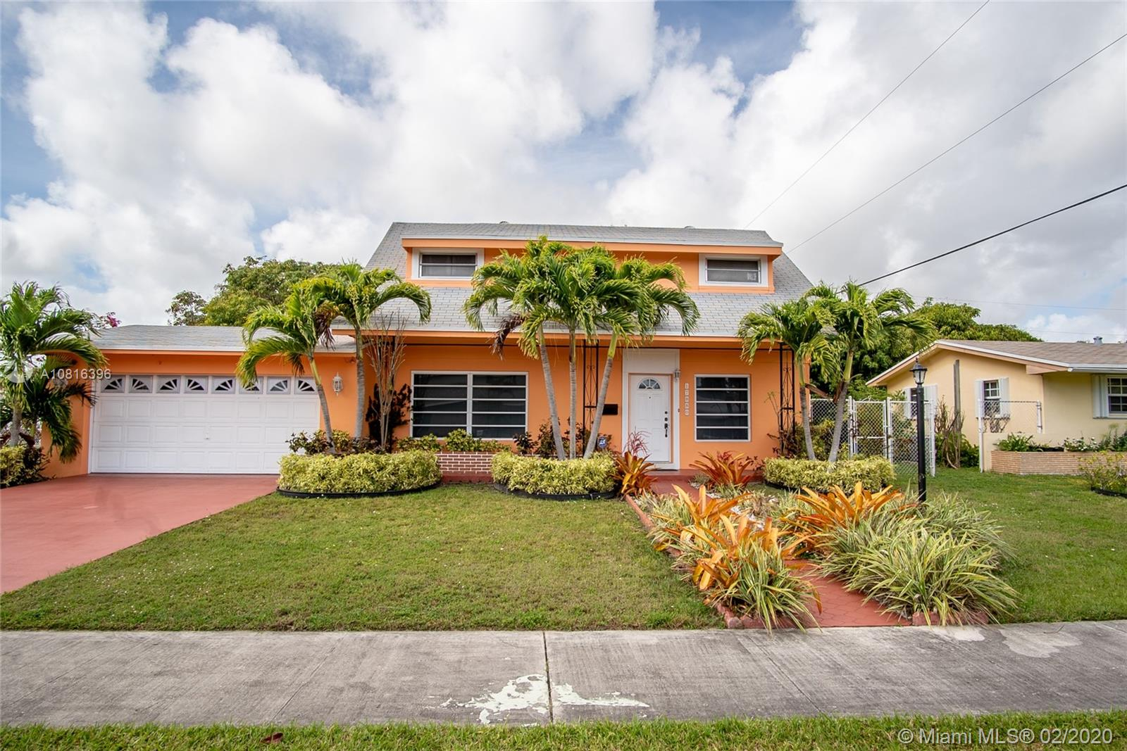 17880 SW 112th Ct  For Sale A10816396, FL
