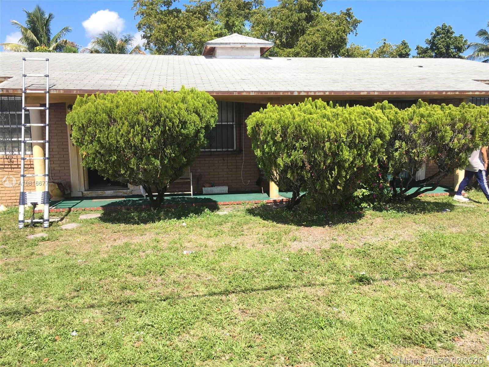 917 NW 103rd St  For Sale A10816677, FL