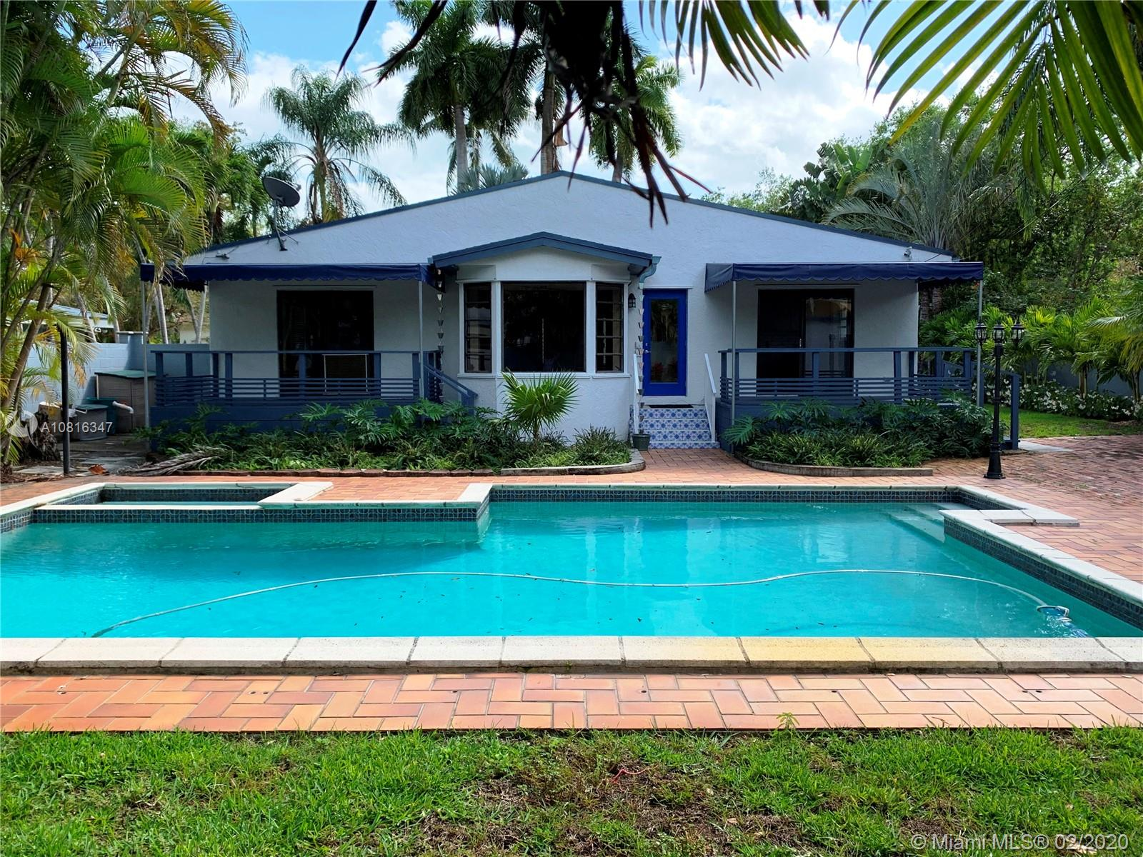 5703 SW 83rd St  For Sale A10816347, FL